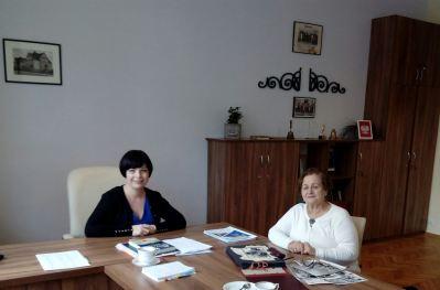 z panią Ireną Rusinek, emerytowaną nauczycielką Jedynki i wieloletnią panią dyrektor SP 21